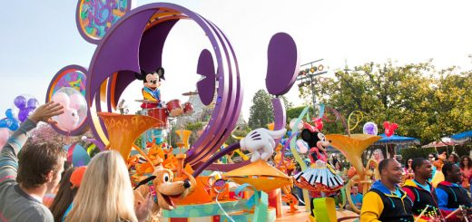Disney Parade Insider Tips