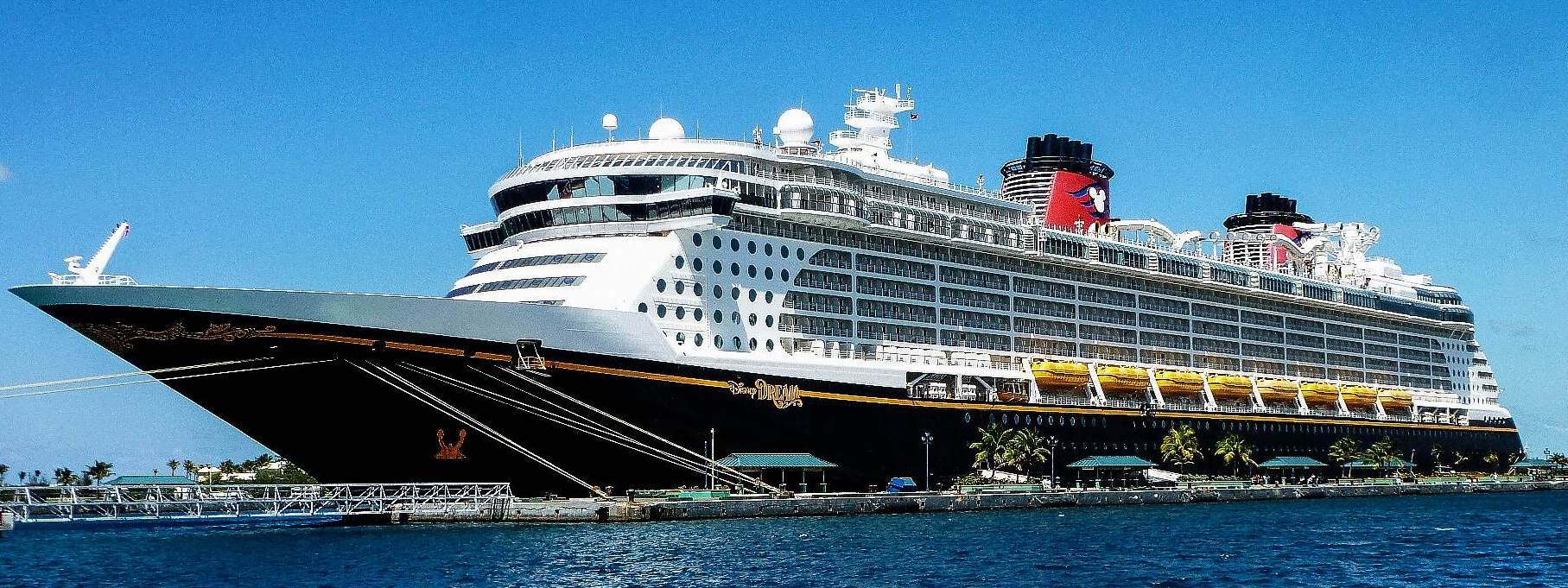 Can Disney Cruise Line Staterooms Accommodate Families Of 5 Mickeyblog Com