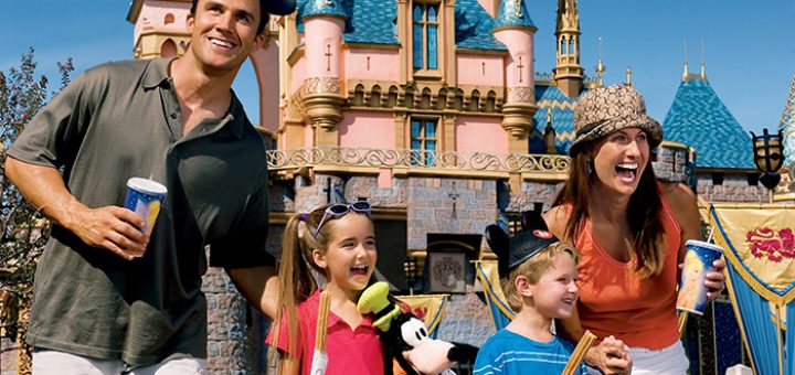 How To Outsmart The Disney Crowds This Summer