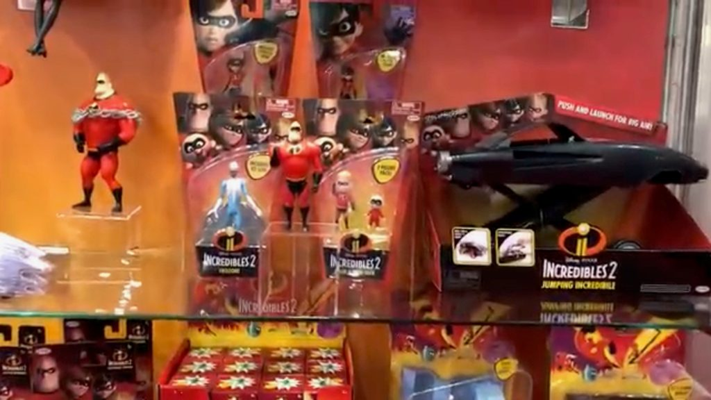 Best Incredibles Toys Reviewed : A disney lover s review of new york toy fair mickey