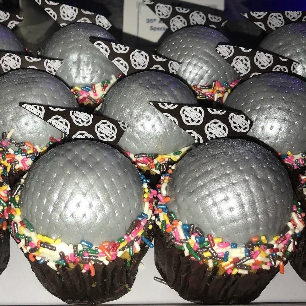 Epcot Cupcake