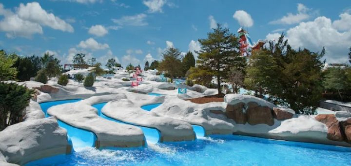 Blizzard Beach Snow Stormers