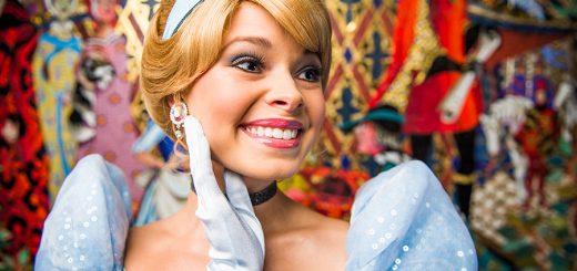 Cinderella's Royal Table Photo Opps