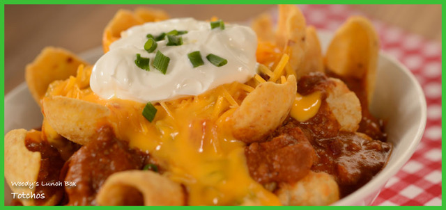 Woody's Lunch Box Totchos