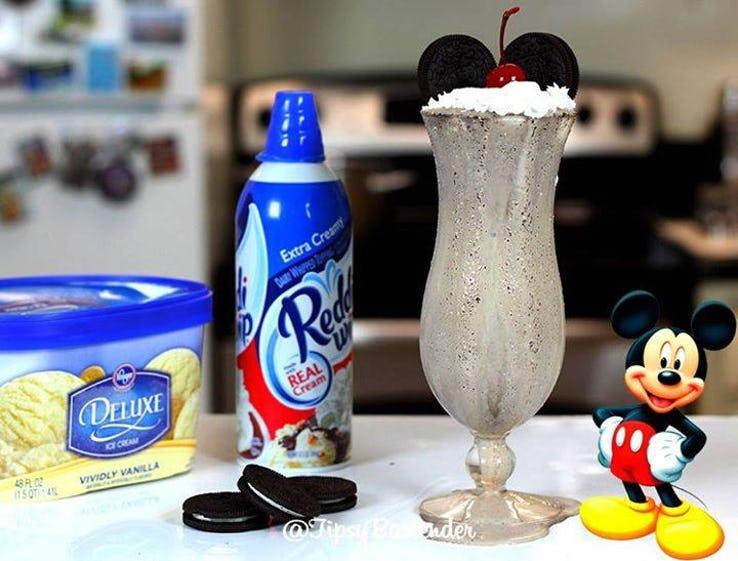 Mickey Mouse Oreo Milkshake