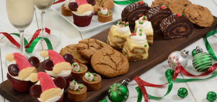 Food Guide to Mickey's Very Merry Christmas Party
