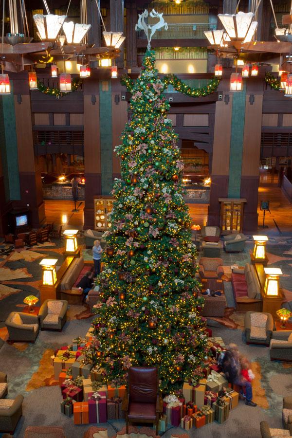 Disneyland Hotel Christmas