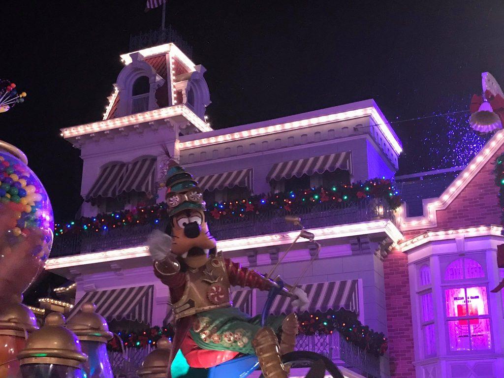 Goofy holiday parade