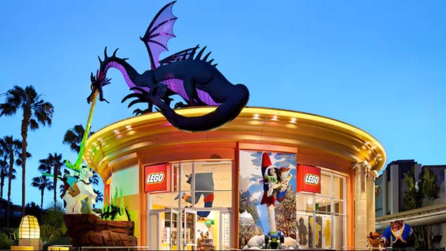 Lego Store Downtown Disney
