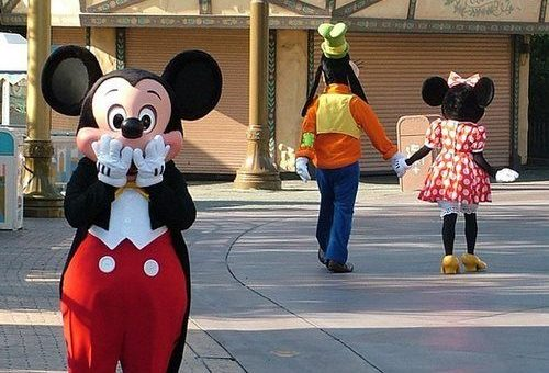 Mickey Minnie Goofy