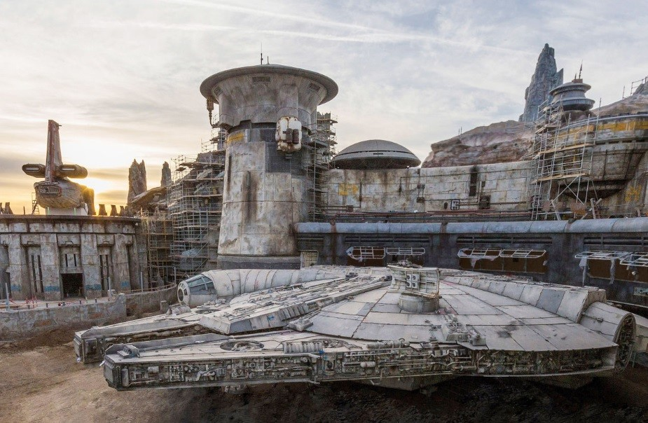 Star Wars Land Opening