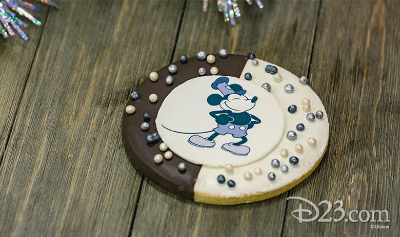 Mickey and Minnie Treats