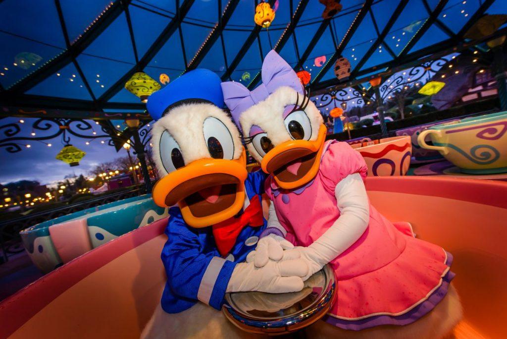 Daisy Donald Teacup Ride
