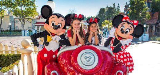 Disneyland Signature Photo Experiences