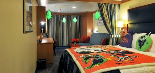 Cruise In Room