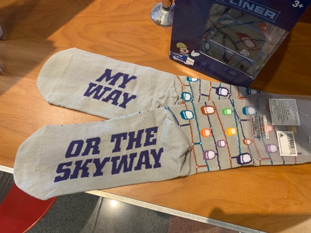 Skyliner socks