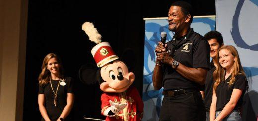 Mickey Band