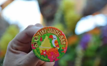 Disney Button Mobile Orders Sonoma Terrace AP Annual Passholder Exclusive