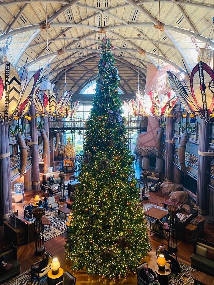 Aninal Kingdom Lodge Christmas Tree