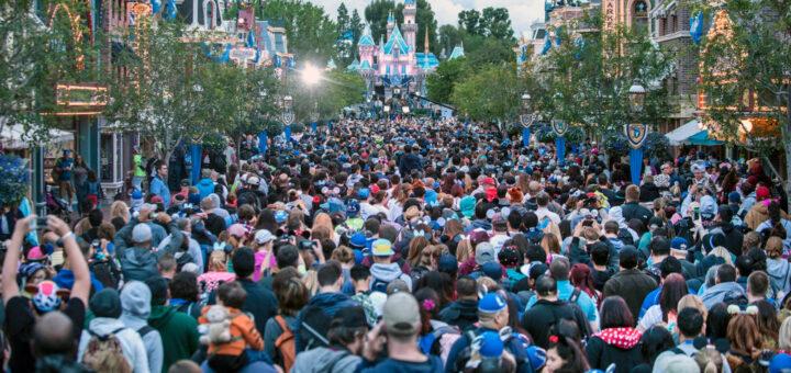 Disneyland closed