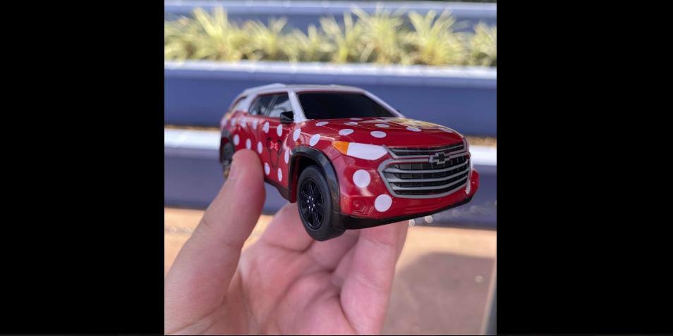Disney Parks GM Chevy Licensed Minnie Van Toy Cars