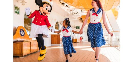 Sail Away Minnie