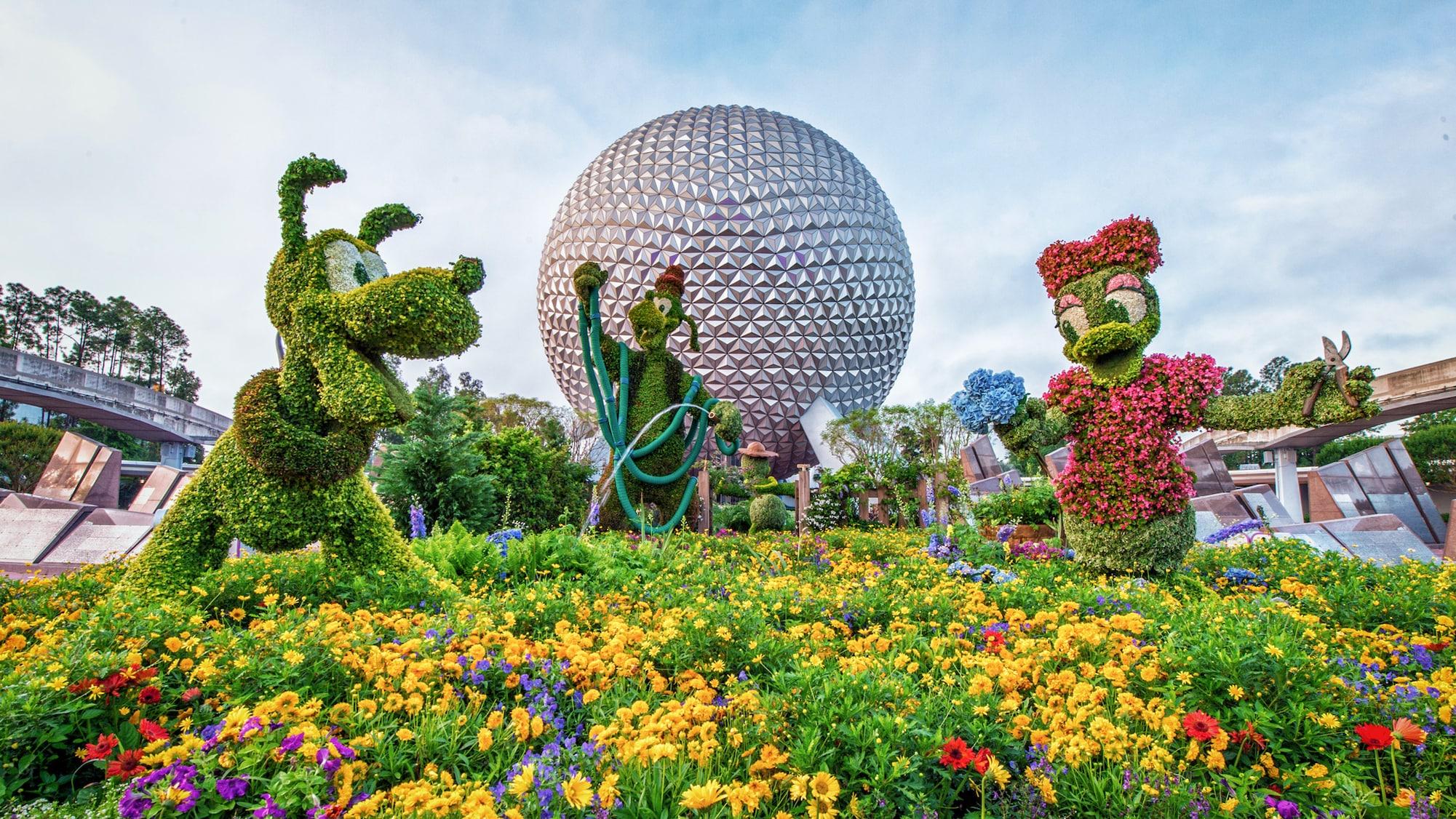 The 2020 Epcot International Flower Garden Festival Topiaries Mickeyblog Com