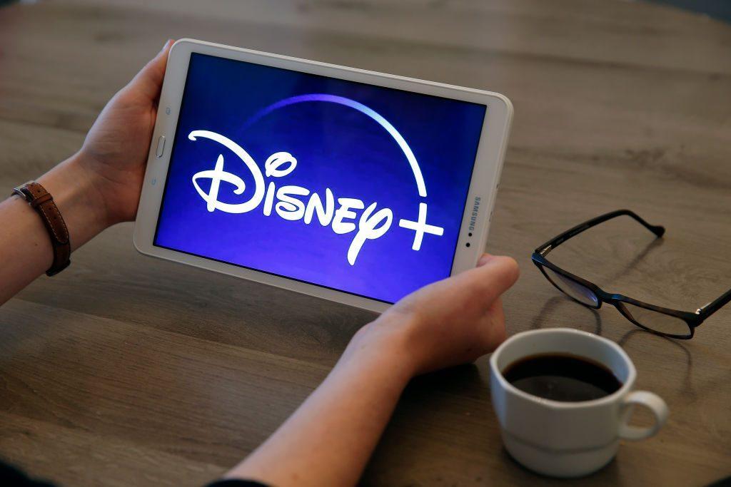Verizon Disney+ Hulu bundle