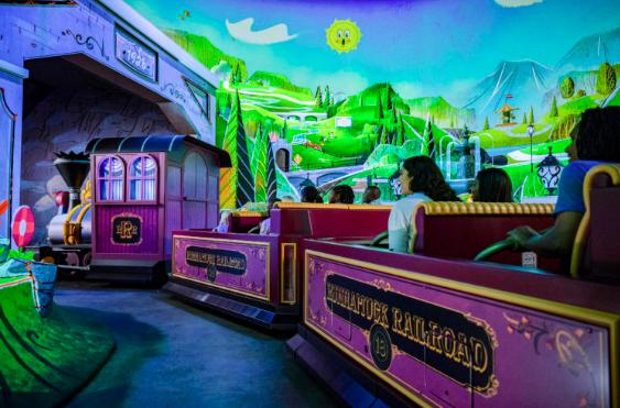 Universal Disney reopening