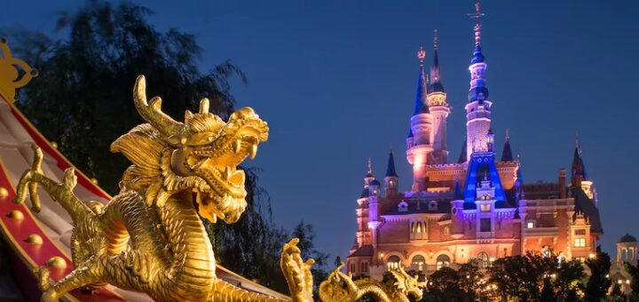 Shanghai Disneyland capacity