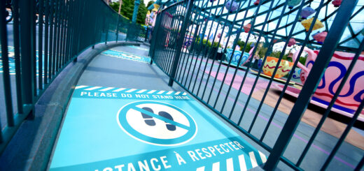 Disney social distancing