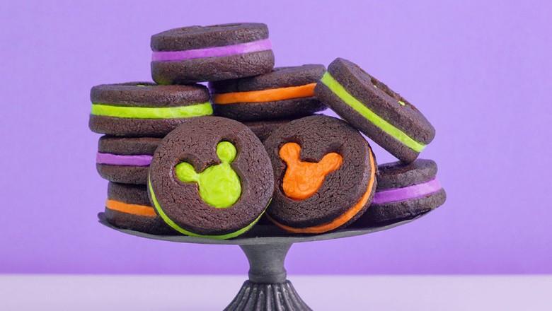 RECIPE: Hidden Mickey Halloween Cookies - MickeyBlog.com