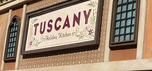 Tuscany Holiday Kitchen
