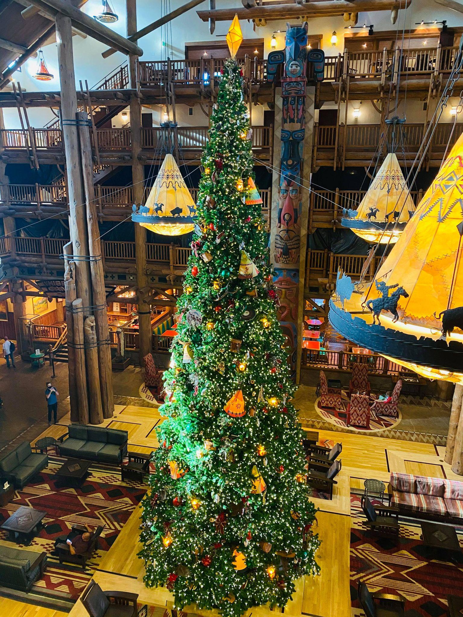 Wilderness lodge Christmas
