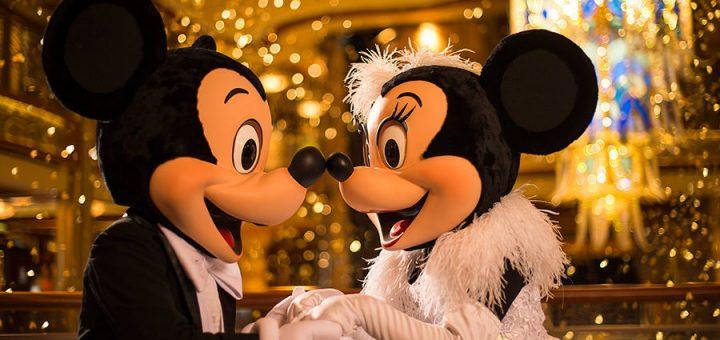 Mickey Minnie New Year's Eve