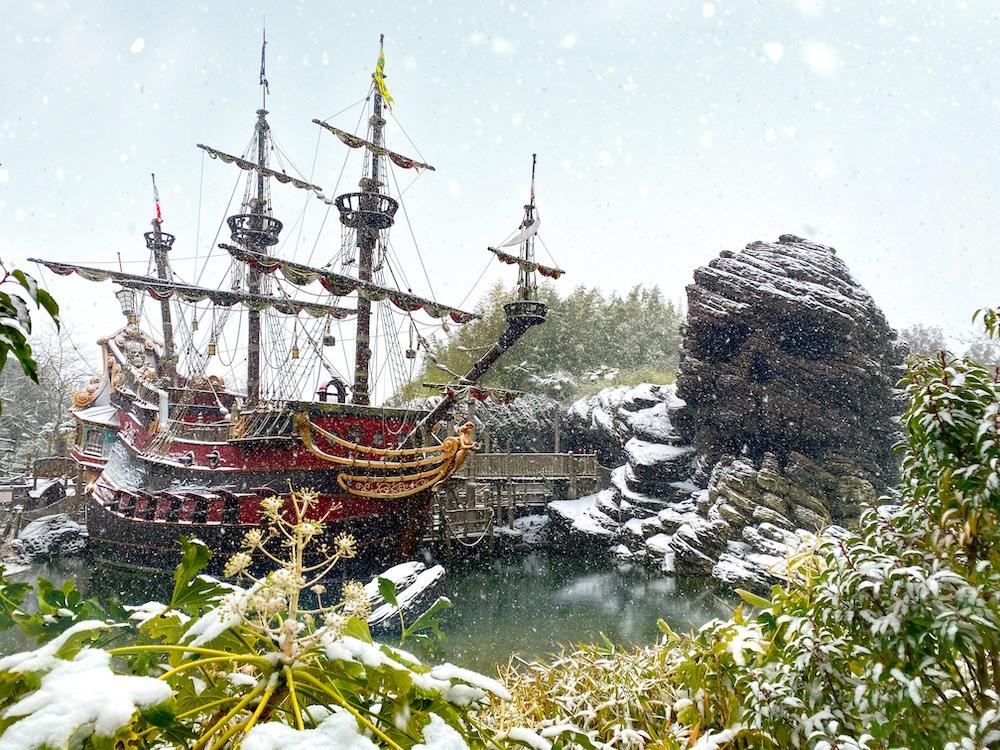 Disneyland Paris Snowfall