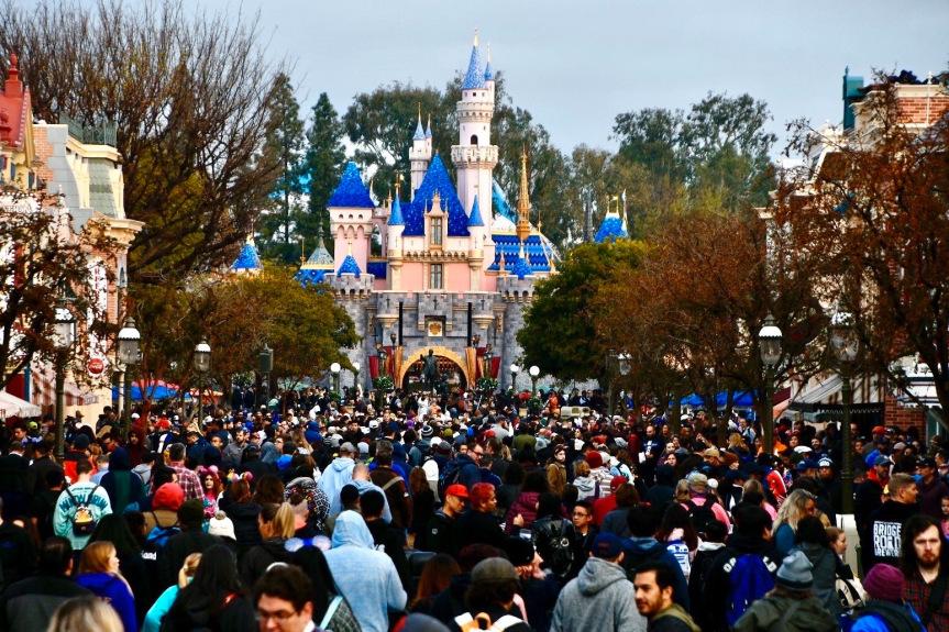 Disneyland crowds castle January 2020