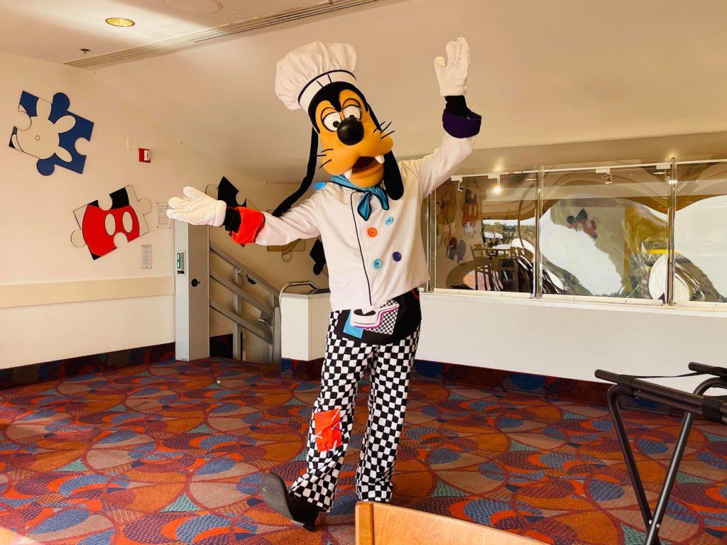 Chef Mickey goofy