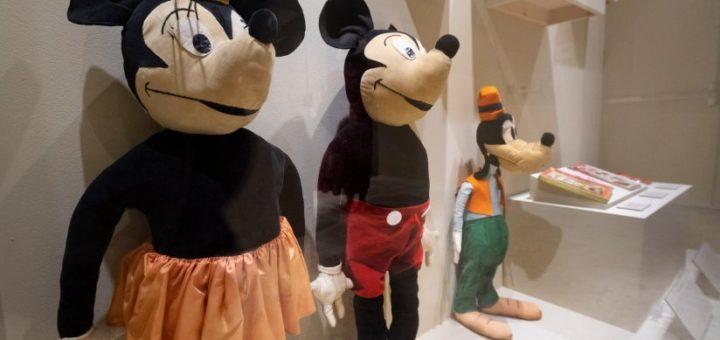 plush dolls 1930s