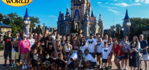 Tudor's Biscuit World staff and families at Walt Disney World