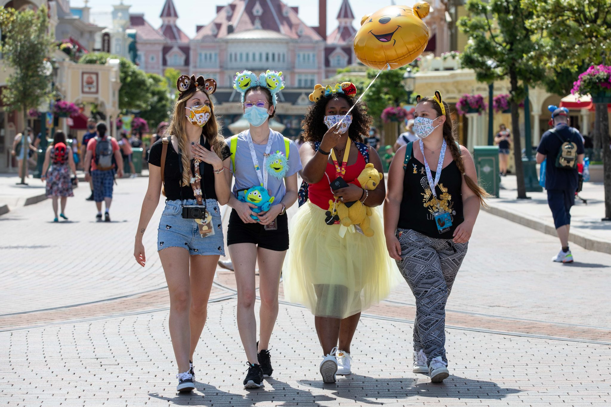 Disneyland Paris welcomes guests