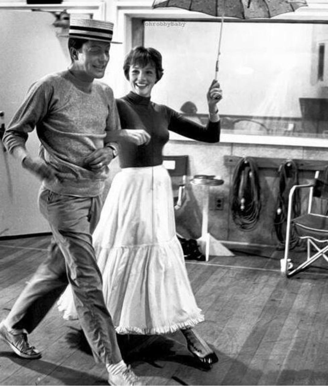 Julie Andrews Dick Van Dyke Mary Poppins rehearsal 1964