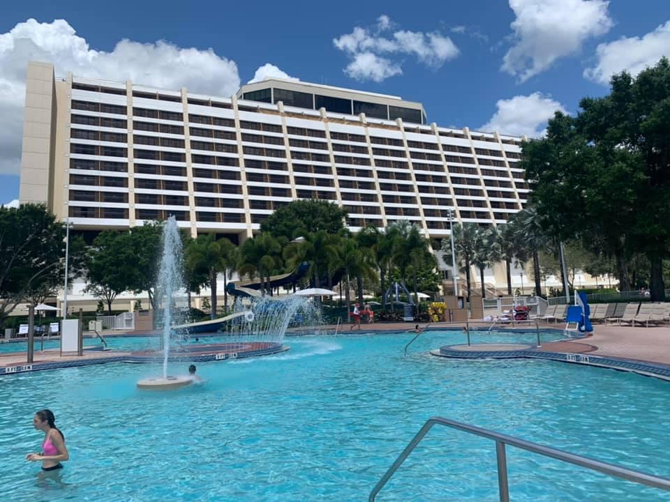 Contemporary Resort Pool
