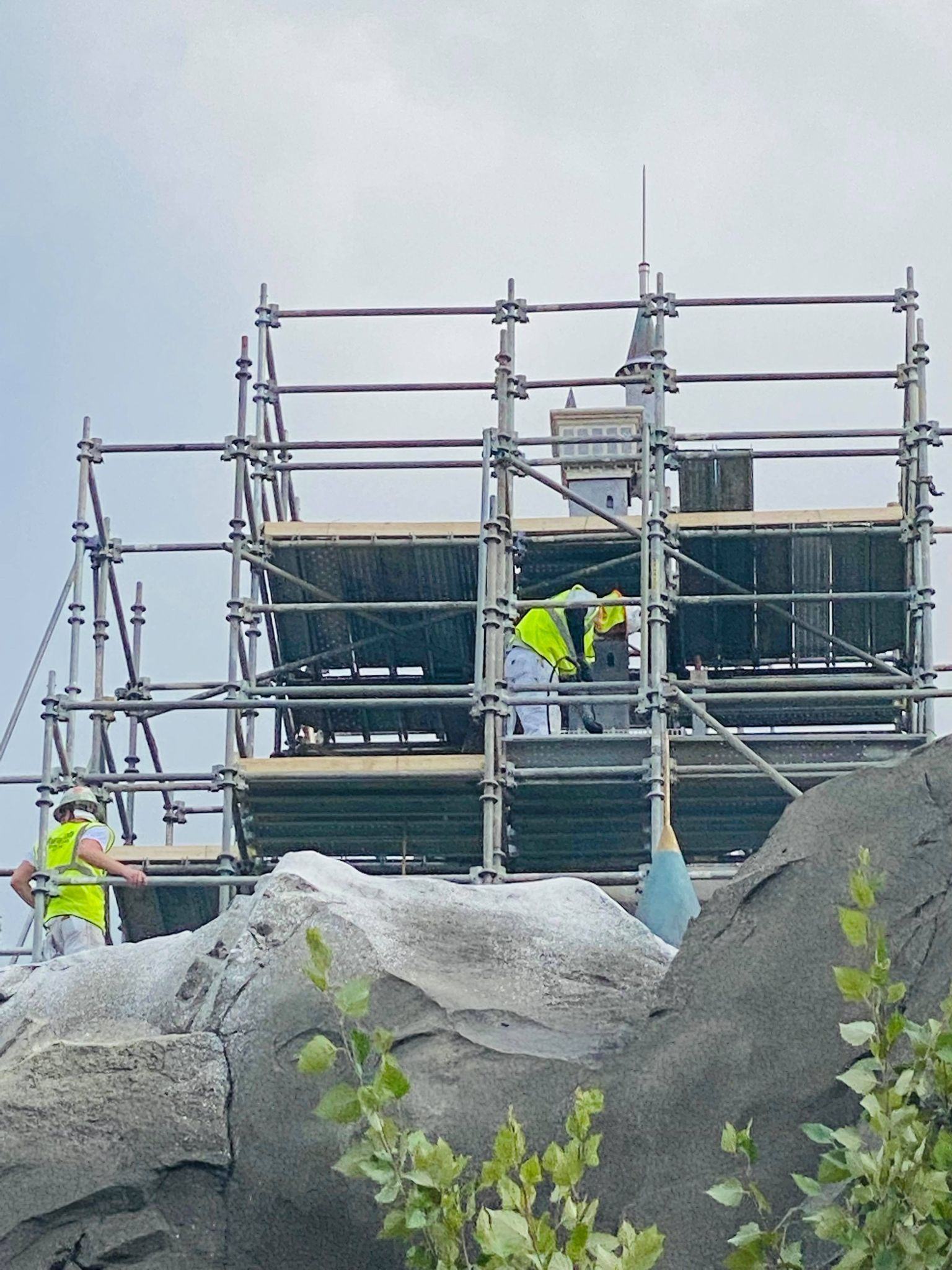 be our guest scaffolding construction work