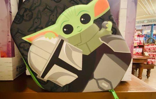 Baby Yoda stationery set